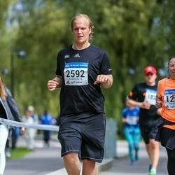 Helsinki Half Marathon - Sampsa Hannonen (2592)