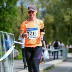 Helsinki Half Marathon - Mirka Tarvainen (2211)