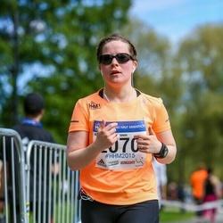 Helsinki Half Marathon - Annemari Sinkkonen (2070)