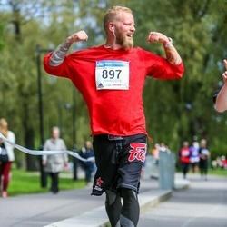 Helsinki Half Marathon - Jussi Korpi-Tassi (897)