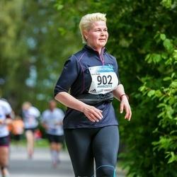 Helsinki Half Marathon - Kirsi Koski (902)