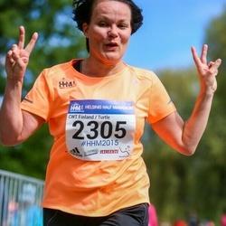 Helsinki Half Marathon - Tiina Turtiainen (2305)