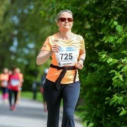 Helsinki Half Marathon - Lotta Karlsson (725)