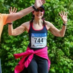 Helsinki Half Marathon - Johanna Karvonen (744)