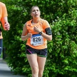 Helsinki Half Marathon - Aino Kivistö (826)