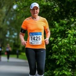 Helsinki Half Marathon - Minna Mäkinen (1425)