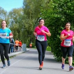 Helsinki Half Marathon - Gemma Morris (1372), Judith Riordan (1859), Pia-Peppina Ruusela (1904)