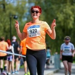 Helsinki Half Marathon - Riikka Kotamäki (920)