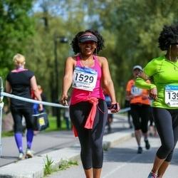 Helsinki Half Marathon - Matipa Mutsemi (1397), Mercy Nyamangwanda (1529)