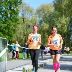 Helsinki Half Marathon - Anne Hautajoki (394), Liubov Mullari (1382)