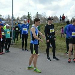 Helsinki Spring marathon - Mikko Sallinen (82), Antti Jussila (147)