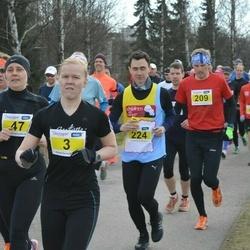 Helsinki Spring marathon - Johanna Hakala (3), Sari Pulkkinen (47), Jason Papadopoulos (224)