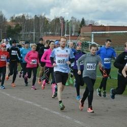 Helsinki Spring marathon - Johannes Rottner (1004), Mette Juuti (1036), Hilkka Kontro (1143)
