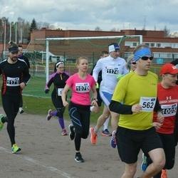 Helsinki Spring marathon - Pekka Kinnari (562), Sari Taipale (1070)