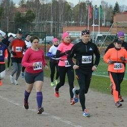 Helsinki Spring marathon - Sari Karuveha (1061), Petri Vuori (1107), Victoria Veach (1121)
