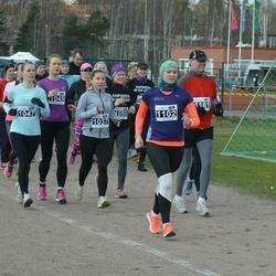 Helsinki Spring marathon - Kiira Ojala (1037), Hanna Auramo (1047), Anna Niku (1102)