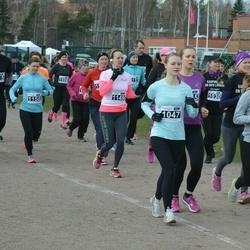 Helsinki Spring marathon - Kiira Ojala (1037), Hanna Auramo (1047), Katri Wahlström (1149), Eeva Sauri (1158)