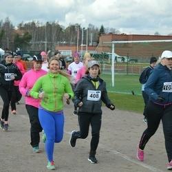 Helsinki Spring marathon - Hanna Ikonen (408), Henriikka Tikka (1051)