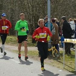 Helsinki Spring marathon - Minna Lahtinen (48), Otso Koskelo (94)