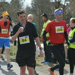 Helsinki Spring marathon - Jonathan Tolksdorf (84), Ilpo Huolman (209)