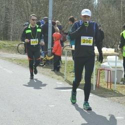 Helsinki Spring marathon - Stefan Wentjärvi (175), Anssi Reponen (206)