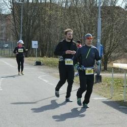 Helsinki Spring marathon - Jere Järvinen (95), Juho Järvinen (227)