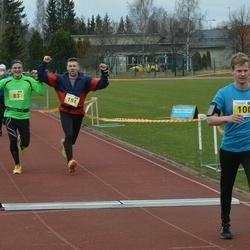 Helsinki Spring marathon - Timo Sipilä (100), Veikko Heikkilä (151)
