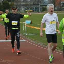 Helsinki Spring marathon - Janne Bordi (155), Erkki Itkonen (211)