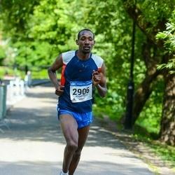 Helsinki Half Marathon - Robert Magut (2906)