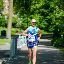 Helsinki Half Marathon - Tomi Halme (3287)