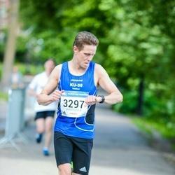 Helsinki Half Marathon - Tuomas Nupponen (3297)