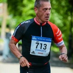 Helsinki Half Marathon - Jari Hellberg (713)