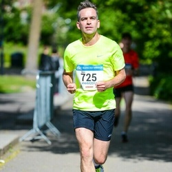 Helsinki Half Marathon - Alex Henderson (725)