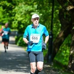 Helsinki Half Marathon - Heikki Hartikainen (666)