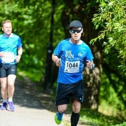 Helsinki Half Marathon - Juho Kauppi (1044)