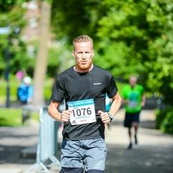 Helsinki Half Marathon - Aapo Kinnunen (1076)