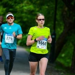 Helsinki Half Marathon - Janna Niemi (1668)