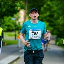 Helsinki Half Marathon - Harri Holopainen (788)