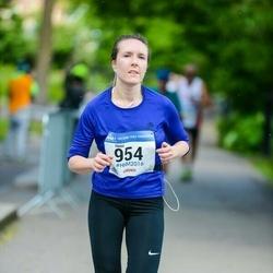 Helsinki Half Marathon - Heini Järviö (954)