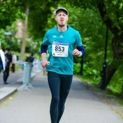 Helsinki Half Marathon - Mikael Hästö (853)