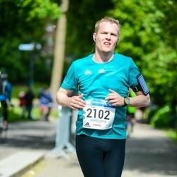 Helsinki Half Marathon - Tomi Saarinen (2102)