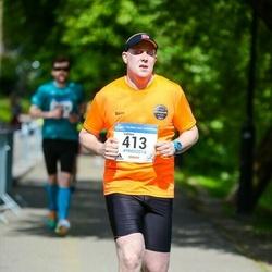 Helsinki Half Marathon - Valtteri Bergström (413)
