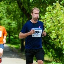 Helsinki Half Marathon - Tomi Lähteenmäki (2904)