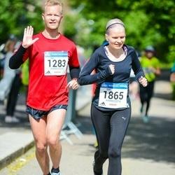 Helsinki Half Marathon - Jari Laakkonen (1283), Outi Pesonen (1865)