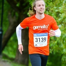 Helsinki Half Marathon - Nestori Törmä (3139)