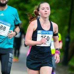 Helsinki Half Marathon - Aleksiina Turunen (260)