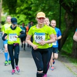 Helsinki Half Marathon - Annamari Heimonen (695)