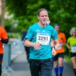Helsinki Half Marathon - Ville Autere (3291)