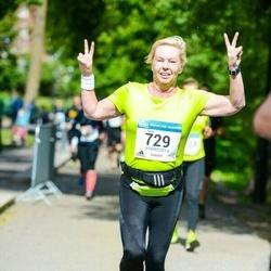 Helsinki Half Marathon - Tiina Henriksson (729)