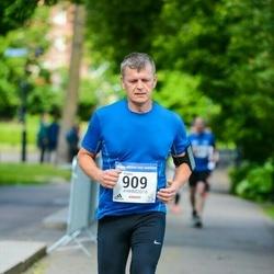 Helsinki Half Marathon - Kaijus Janis (909)